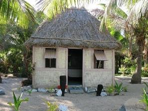 my-bure-at-drawaqa-island-barefoot-lodge-yasawa-islands-fiji-hostel